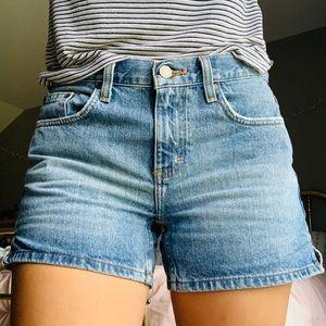 Calvin Klein Jeans Denim Shorts 🌿🌸✨